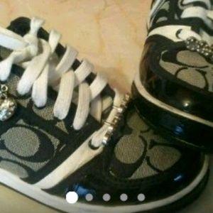 Coach Shoes 5.5